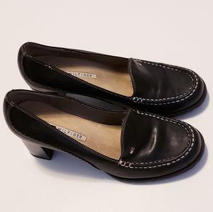 Tommy Hilfiger Leather Loafer Heels size 8.5